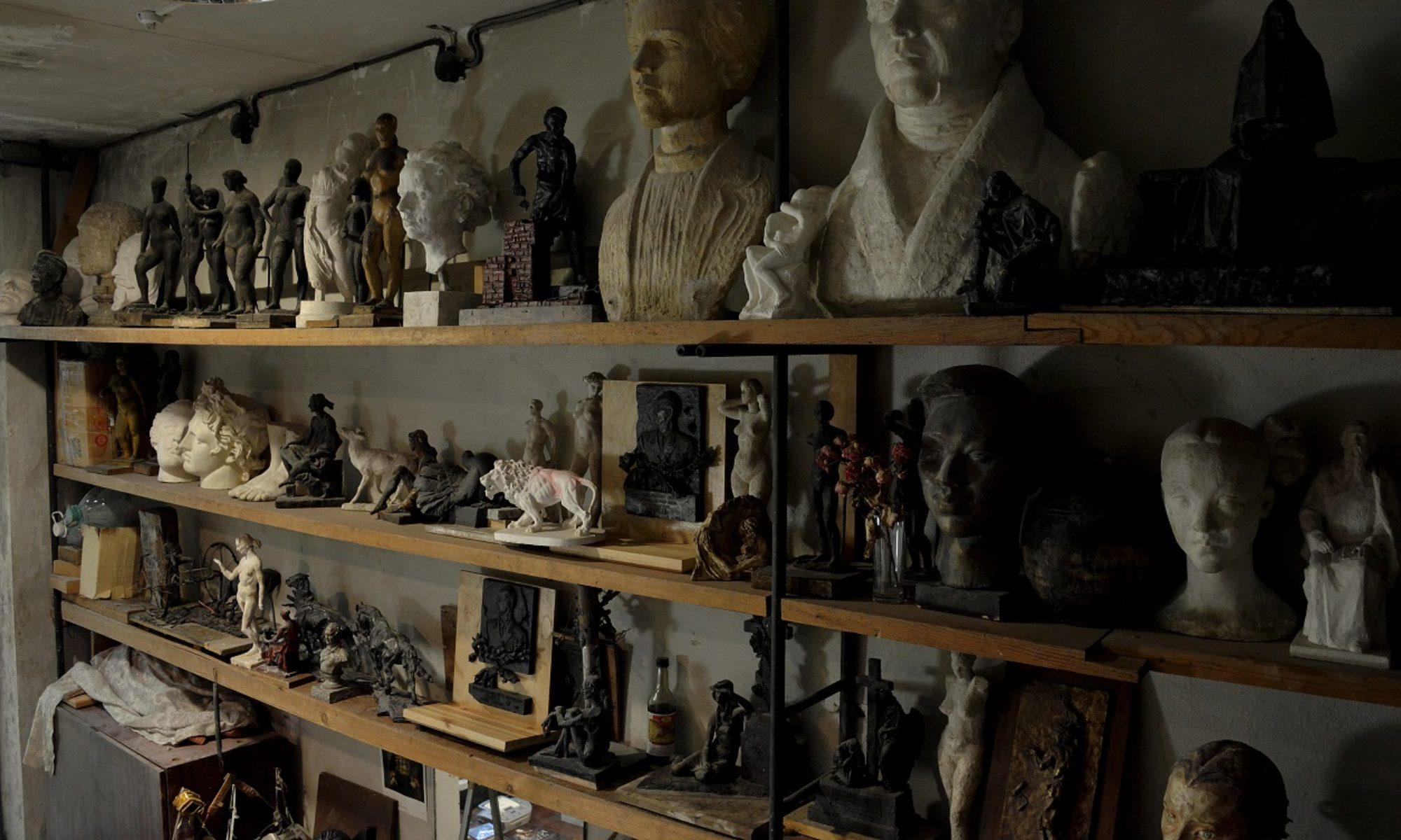 Скульптор Евгения Дубровина
